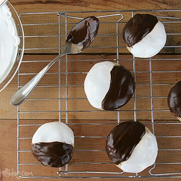 Black and White S'mores Cookies | www.tasteandtellblog.com
