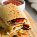 Change up pizza night by turning your pizza into a pizza pocket!! These Pack-It-In Pizza Pockets are filled with pepperoni, mushrooms and cheese, and pack a ton of flavor!