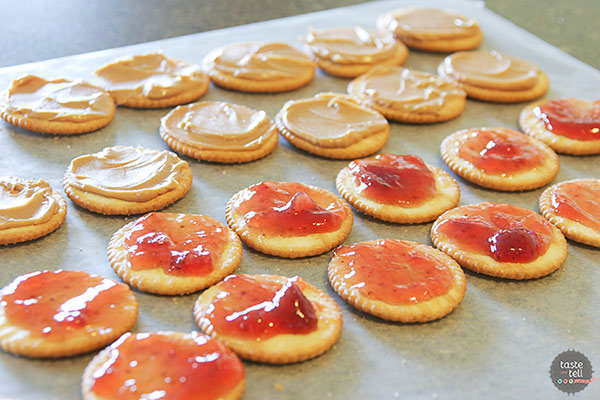 Making Peanut Butter and Jelly Cracker Cookies