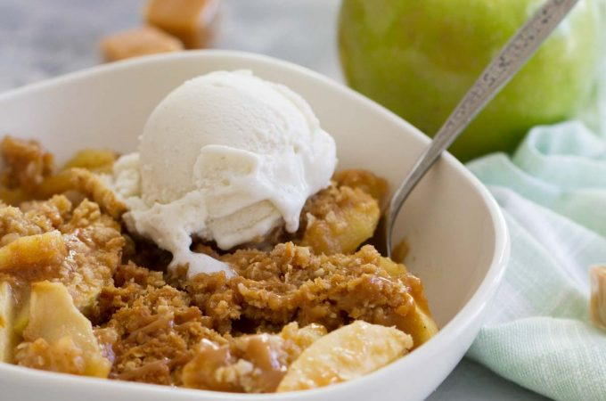 How to make Caramel Apple Crisp