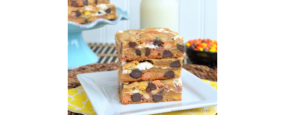 Peanut Butter Reeses Blond Brownies from Inside BruCrew Life