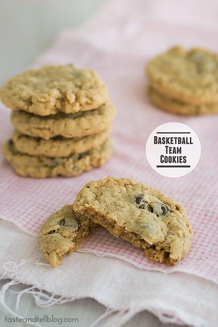 Basketball Team Cookies | www.tasteandtellblog.com