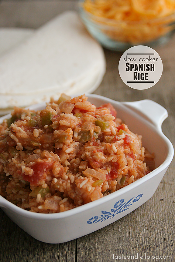 Slow Cooker Spanish Rice {Taste and Tell Thursdays}
