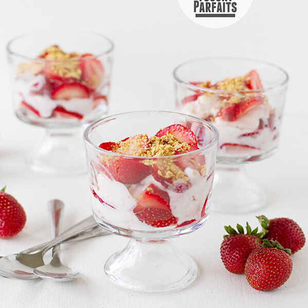 Strawberry Frozen Yogurt Parfaits | www.tasteandtellblog.com