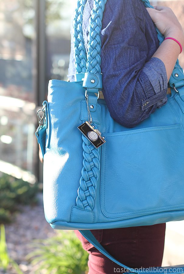 Epiphanie Camera Bag Review and Giveaway