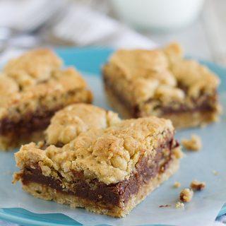 Oatmeal Fudge Bars on Taste and Tell