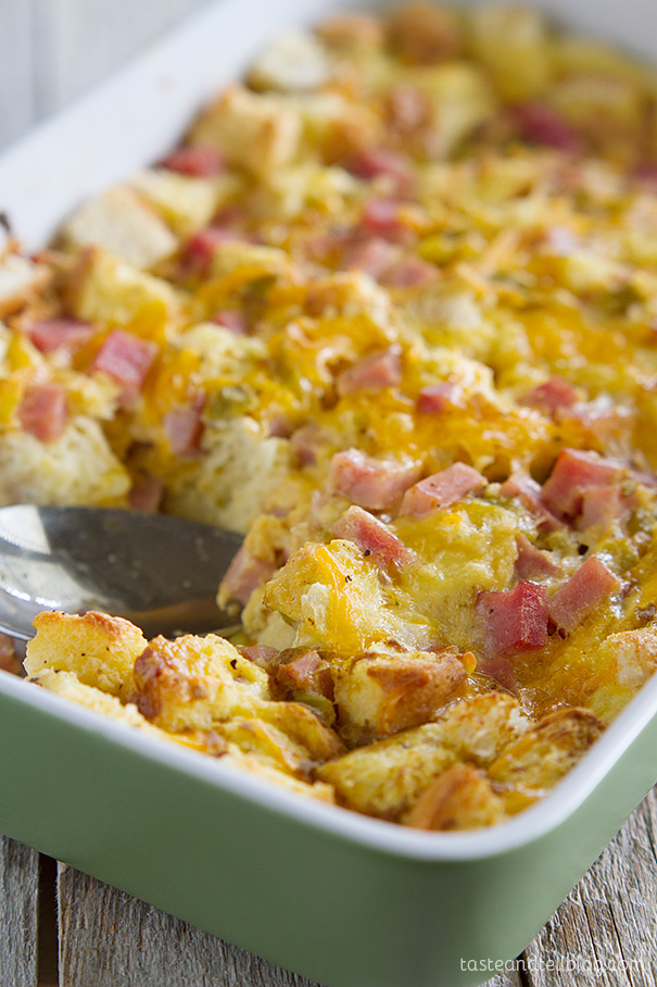 Easy Ham and Cheese Breakfast Casserole Recipe - make the night before ...