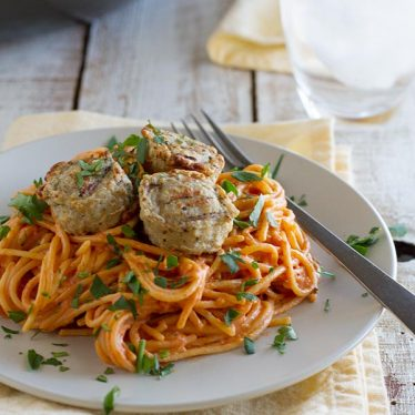 Creamy One Pot Spaghetti with Meatballs recipe on www.tasteandtellblog.com