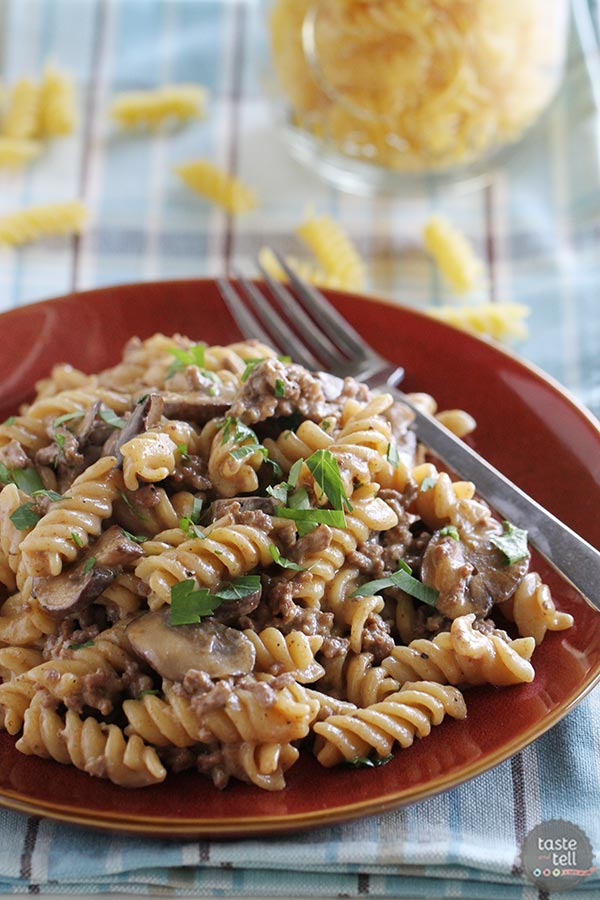 One pot ground beef stroganoff taste and tell one pot ground beef stroganoff forumfinder Choice Image