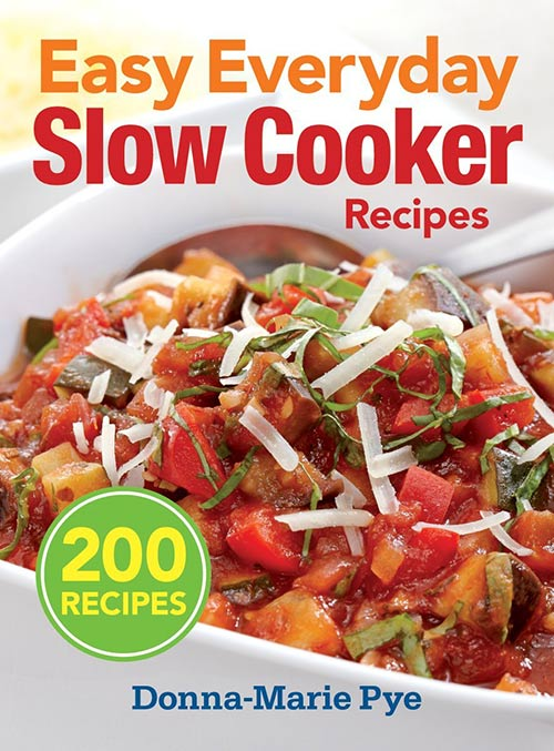 A review of Easy Everyday Slow Cooker Recipes plus recipe for Gooey Slow Cooker Caramel Blondies.