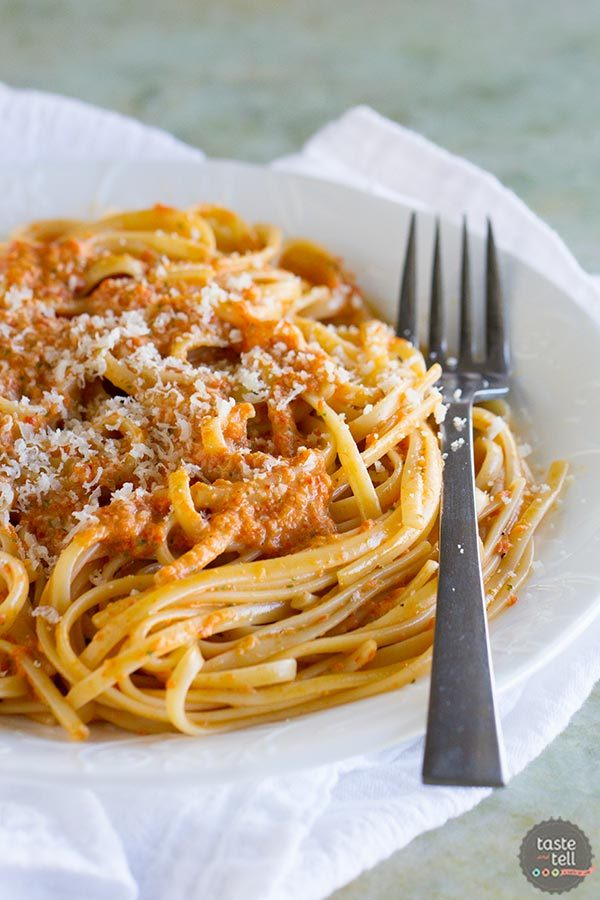 Roasted Red Pepper Pesto Linguine | Patsy's Italian Family Cookbook Review