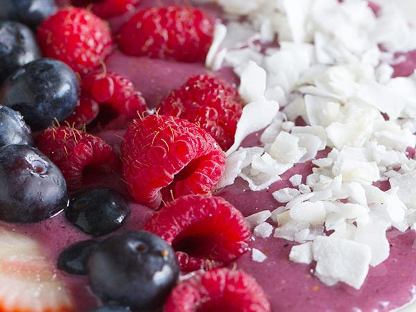 Because mornings shouldn't be boring - start your morning off with this Coconut Berry Smoothie Bowl that tastes as good as it looks!