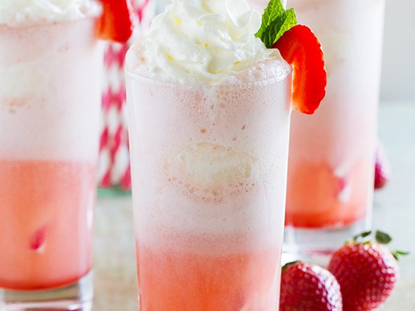 Root beer floats - move aside! These Strawberry Cream Floats are sweet and creamy and irresistible and perfect for a warm day.