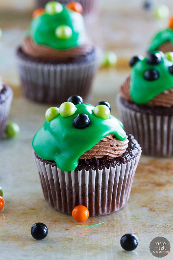 Halloween Fun and Ultimate Chocolate Cupcakes