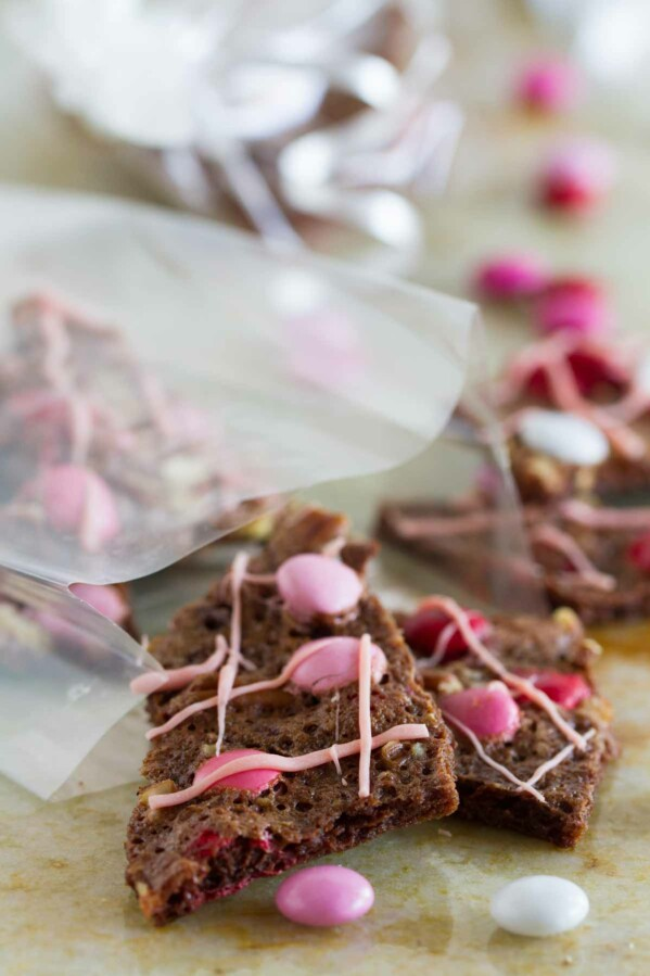 This Valentine's Brownie Bark is a chocolatey treat that you can't put down. It's super easy to make and chocolate lovers will be in heaven!
