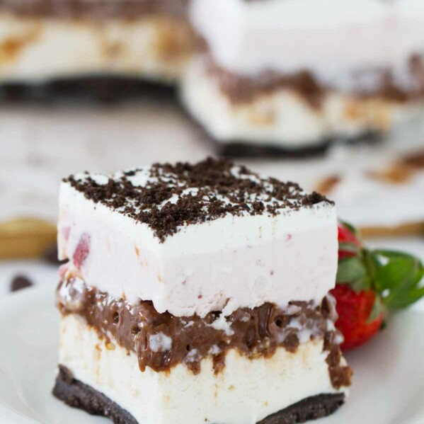 What can be better than chocolate, vanilla and strawberry? This Neapolitan Ice Cream Bar Recipe is sure to be a hit all summer long!