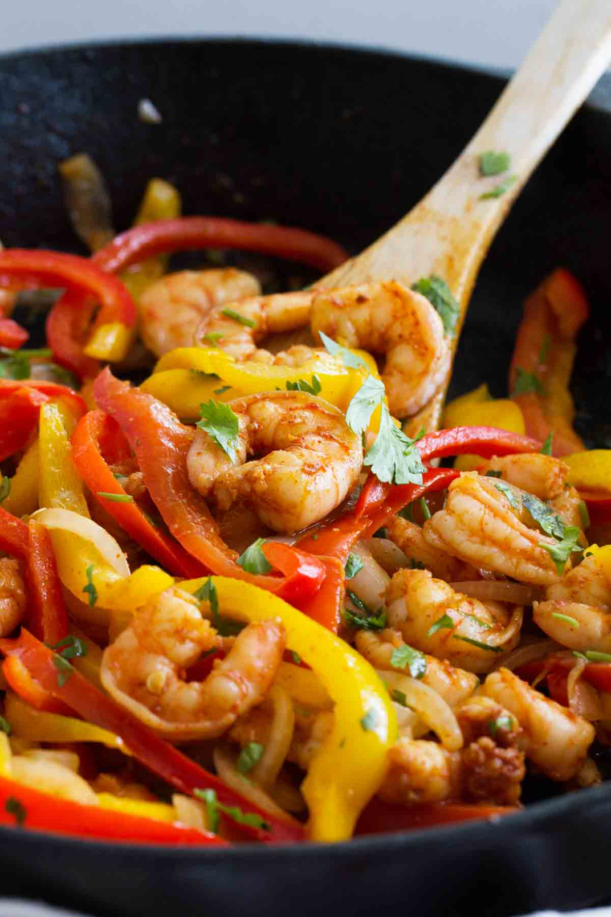 One Skillet Shrimp Fajitas 30 Minute Recipe Taste And Tell