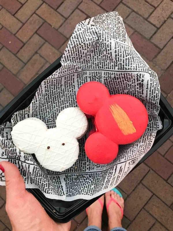 Disneyland Macarons