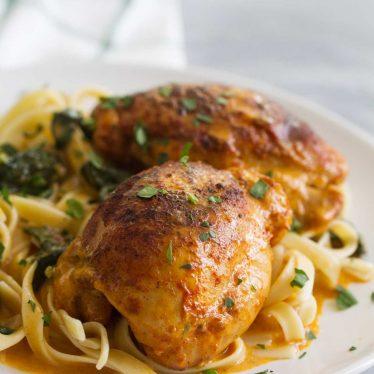 How to make Garlic Paprika Instant Pot Chicken Thighs