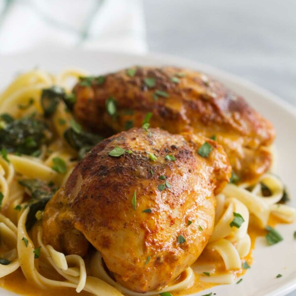 How to make Garlic Paprika Instant Pot Chicken Thighs
