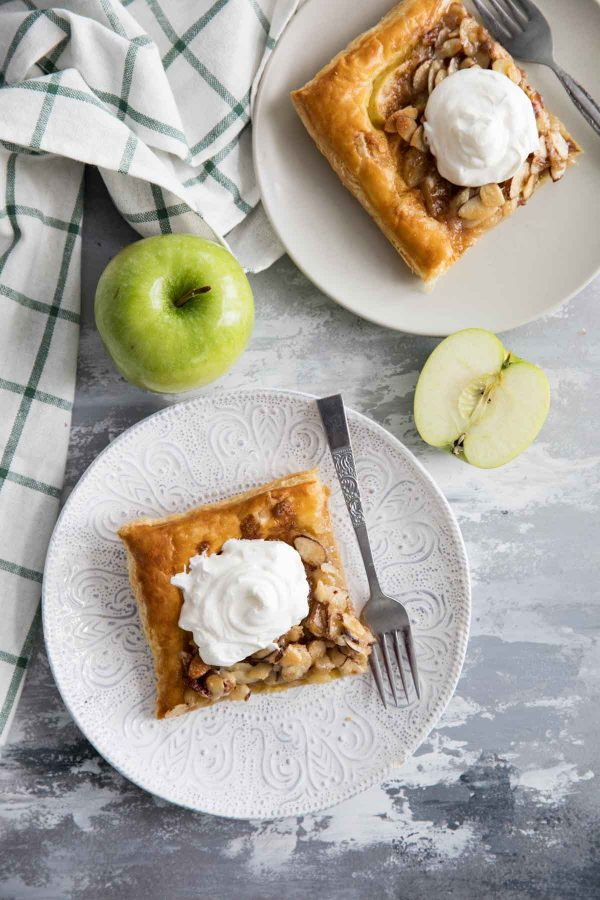 Easy Apple Tart Recipe with Puff Pastry