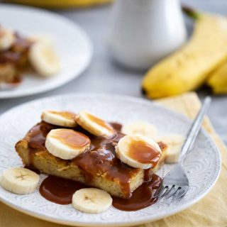 Flos V8 Brioche French Toast with Salted Caramel and Bananas