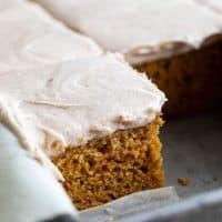 texture of pumpkin cake