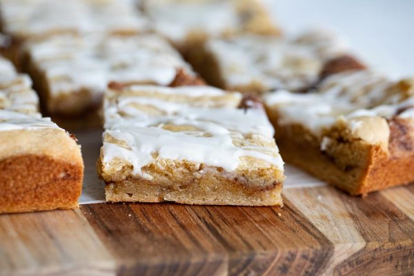glazed snickerdoodle bars