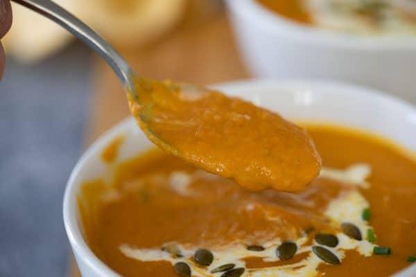 texture of pumpkin soup