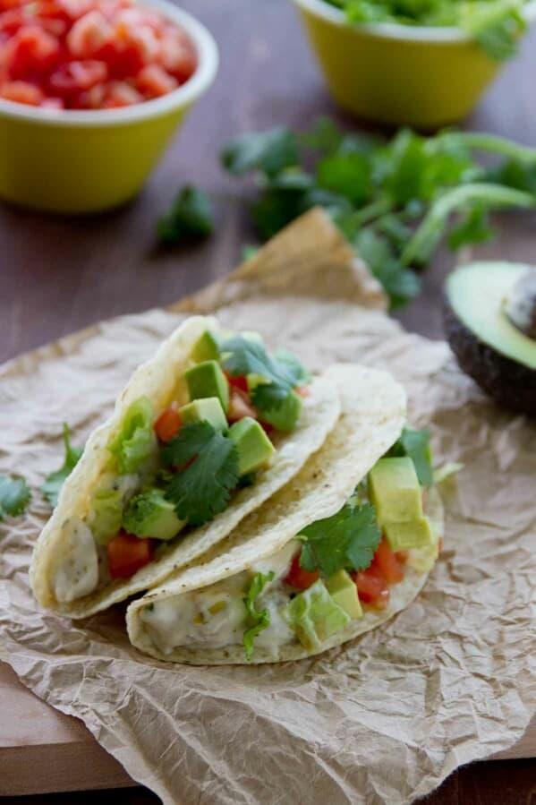 Creamy Cilantro Chile Tacos recipe