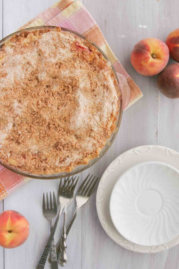 Whole pie with crumb topping