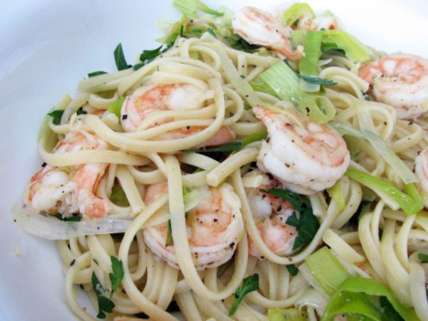 Linguine with Shrimp and Leeks