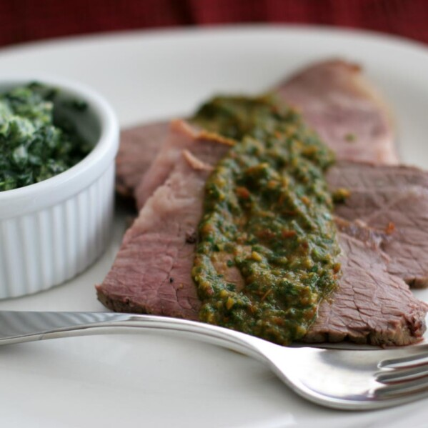 Beef Roast with Spicy Parsley Tomato Sauce