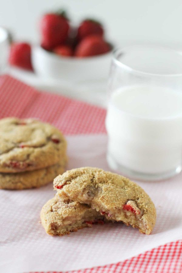 Texture of Strawberry Cheesecake Cookies