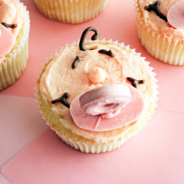 Cupcakes decorated for a baby shower