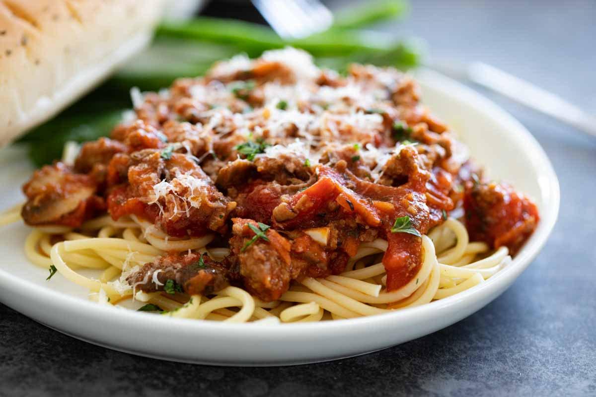 Plate of pasta and spaghetti sauce