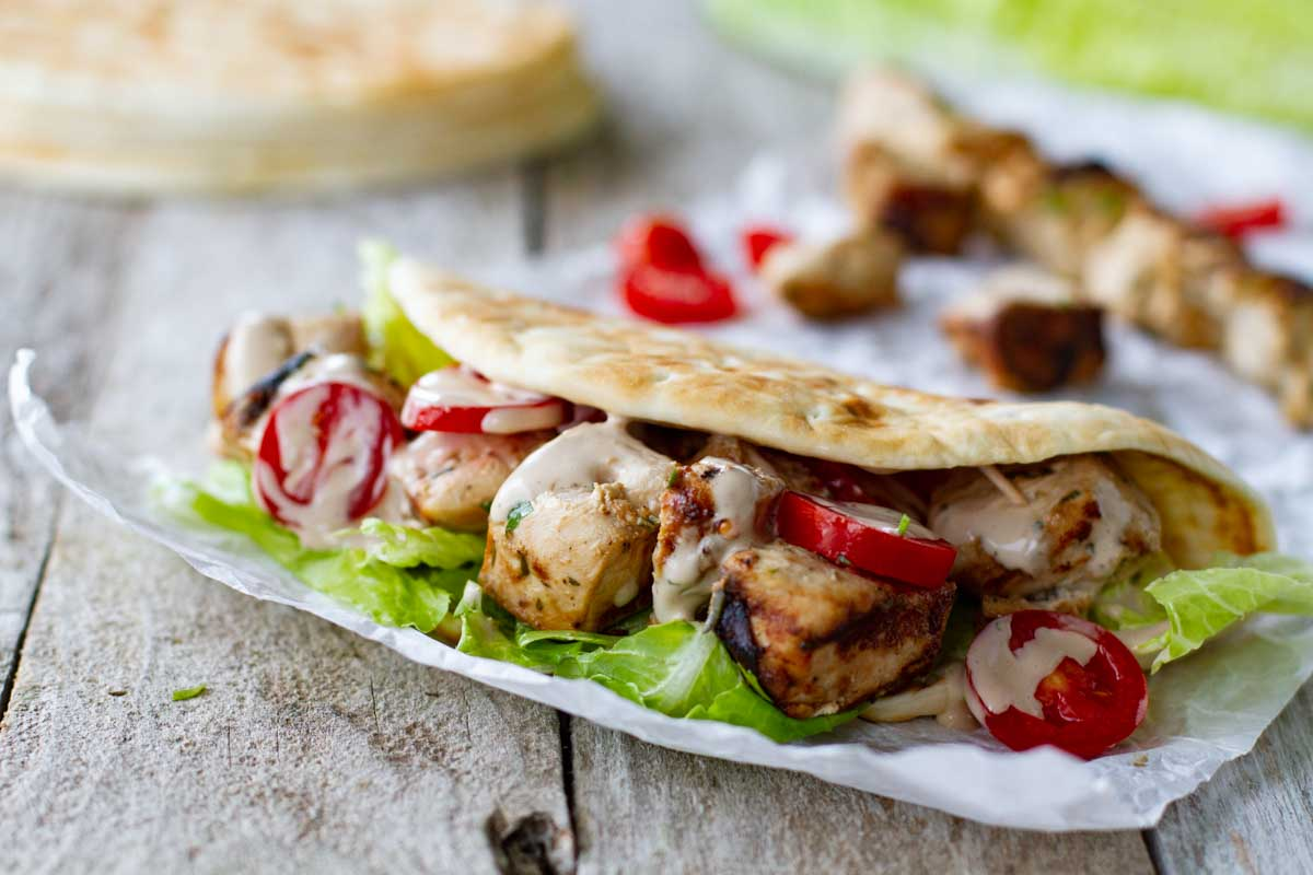 grilled chicken sandwiches made with pita bread
