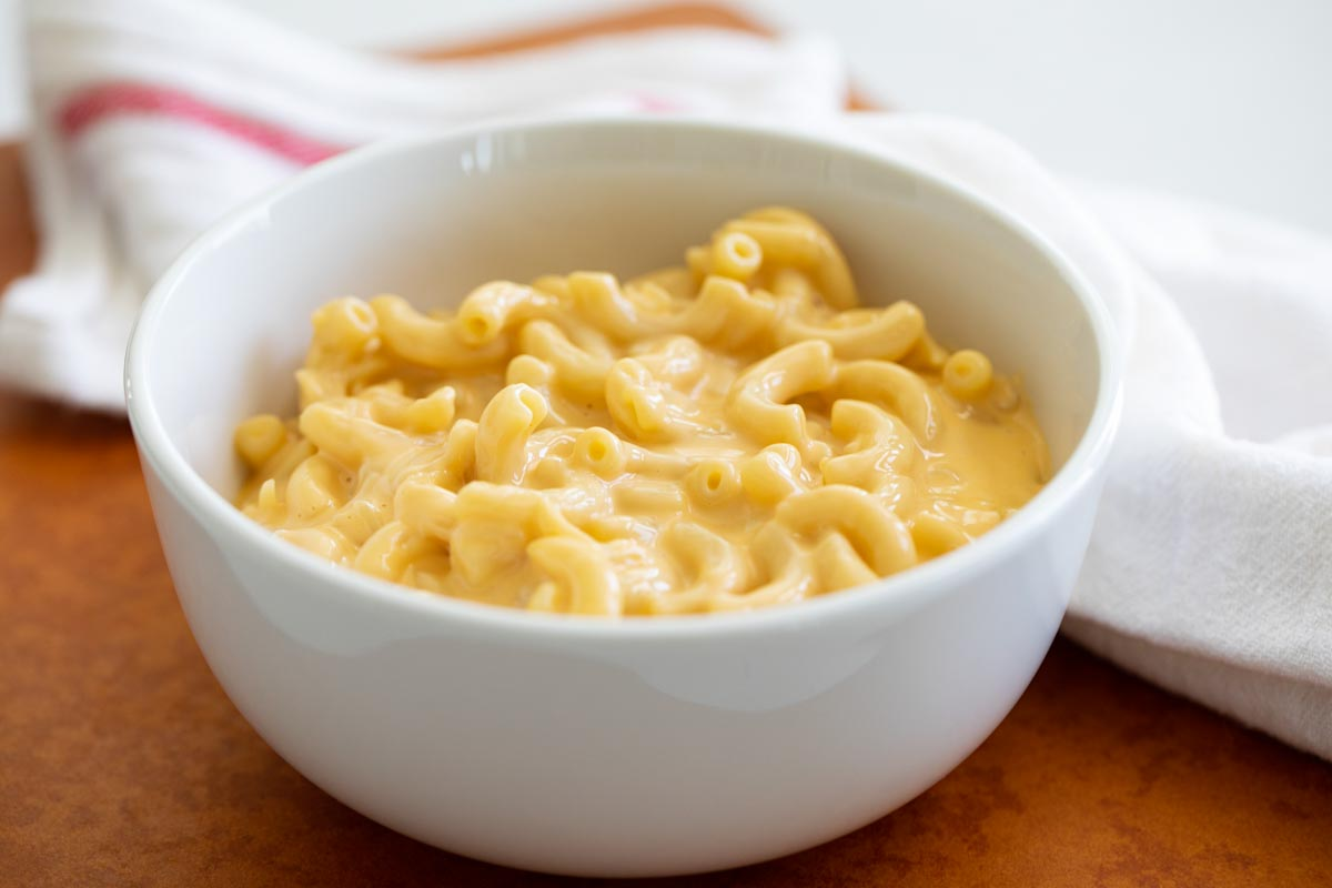 bowl of creamy mac and cheese