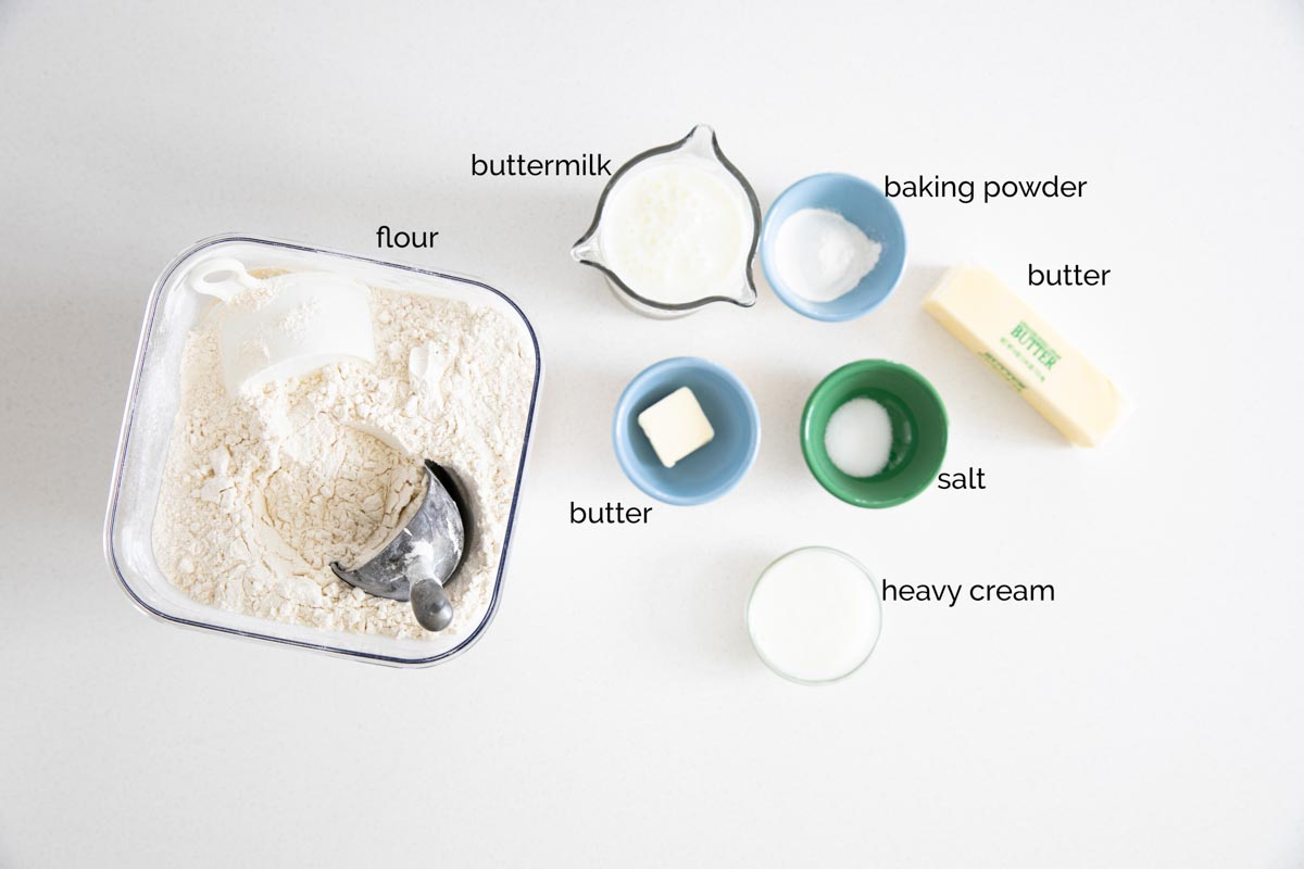 ingredients needed to make buttermilk biscuits