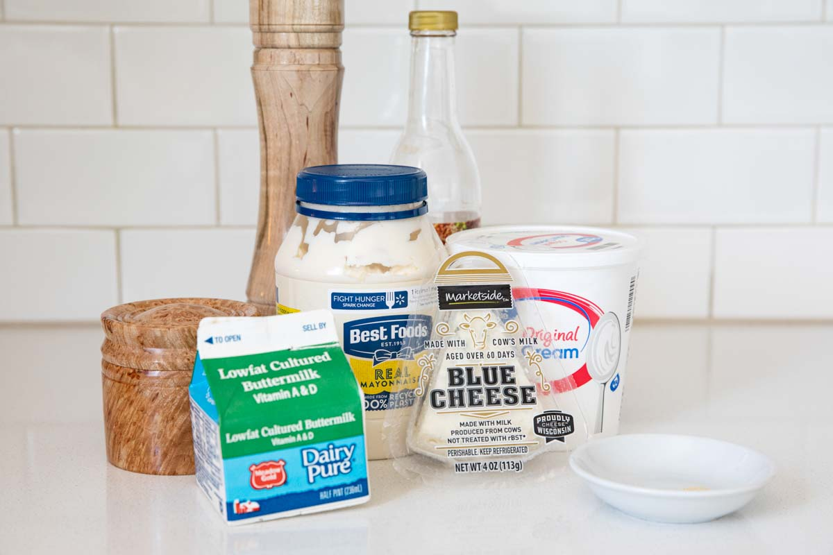 ingredients for blue cheese dressing
